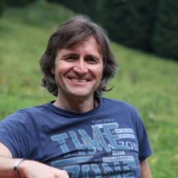 Hans-Jörg Ernst - Chefredakteur hochblau Magazin - Sommer 2018 - Copyright Conny Völmle - hochblau Verlag